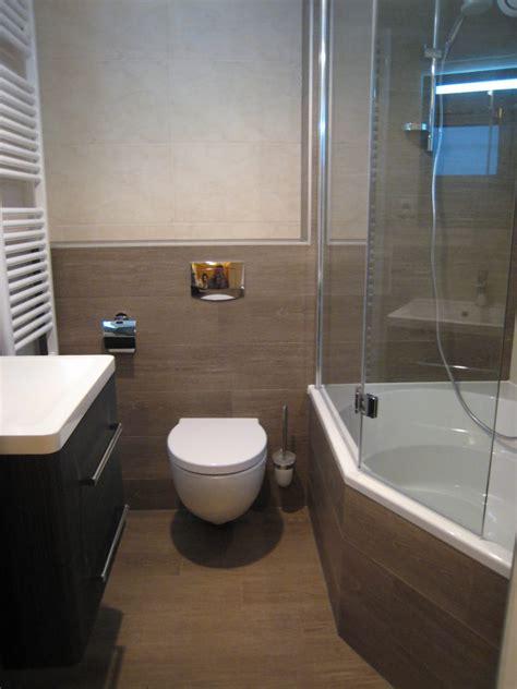 toilet in badkamer badkamers spijkenisse bakker tegels badkamers