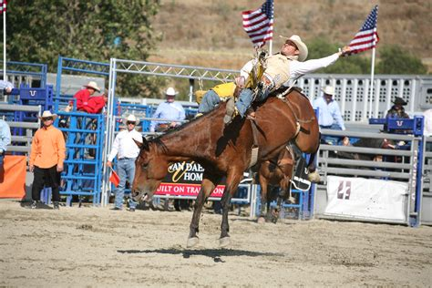 horses that buck the story of chion bronc rider bill smith the western legacies series books 2014 rancho mission viejo rodeo winners rancho mission viejo