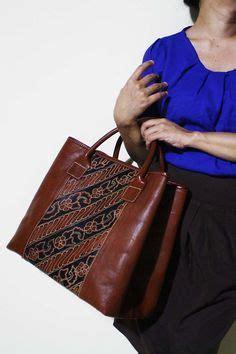 Arimbi Snake Leather http projectingindonesia wp content uploads 2012 11