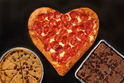valentines pizza valentine s day 2018 celebrate true at these fast