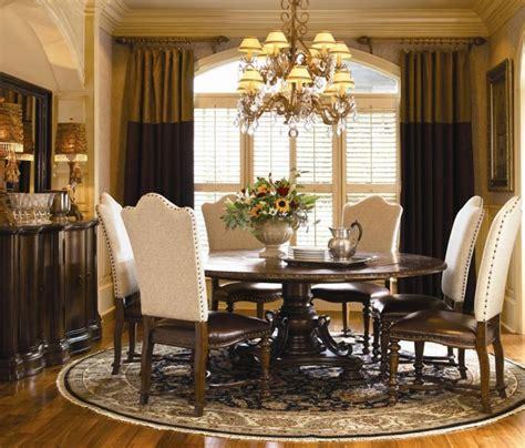 Elegant dining room tables