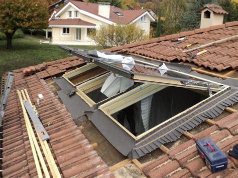 U Shaped House entreprise pose velux is 232 re installation fen 234 tre toit
