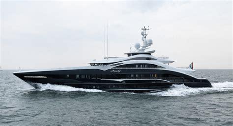 charter boat wolf rock motor yacht ann g yn 17350 a heesen superyacht