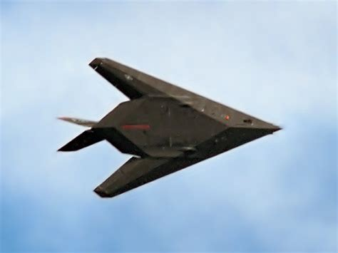 what are the major differences in stealth technology
