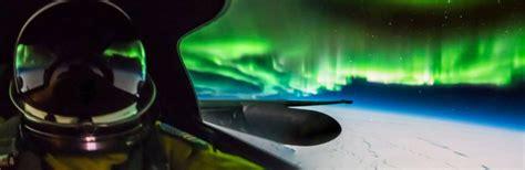 u 2 pilot takes fantastic photos of the aurora borealis