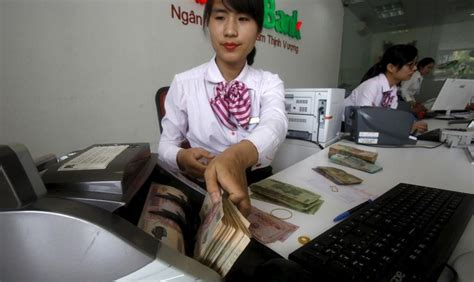 bank vn interest rate race has businesses on edge