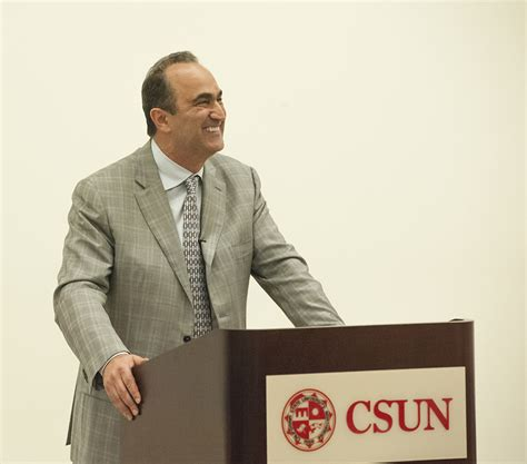 Csun Mba Class Schedule by David Nazarian Kicks Distinguished Speaker Series