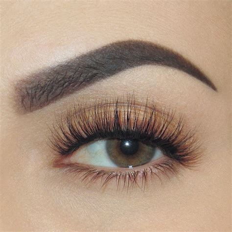Best 25  Natural false eyelashes ideas on Pinterest