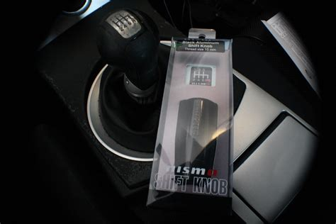 How To Replace Shift Knob by How To Replace Your Nissan 350z Shift Knob With An