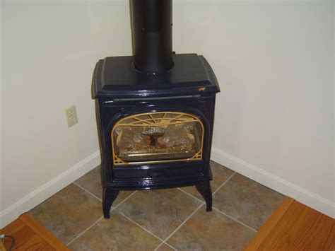 Vent Vs Ventless Gas Fireplace by Direct Vent Gas Stoves Versus Ventless Gas Stoves