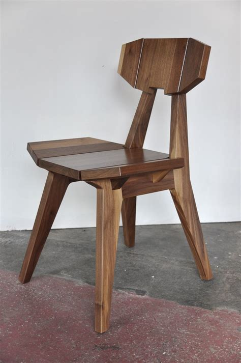 faceted   chair  walnut  vincentedwardsdesign