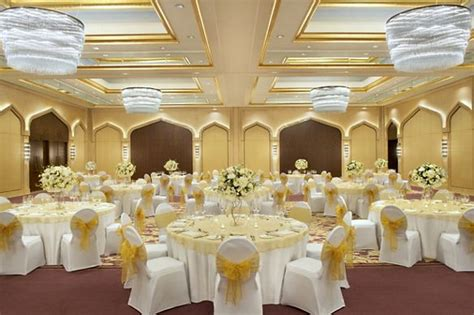 hotel wedding packages east wedding hotels in dubai the ritz carlton dubai