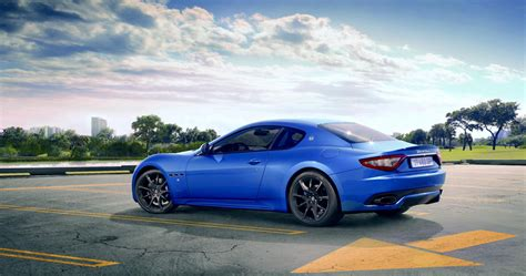 Maserati Granturismo Vs Aston Martin Vantage by Maserati V8 Granturismo Aston Martin Vantage V8 Review