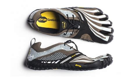 best mud run shoes the 10 best sneakers for mud runs complex