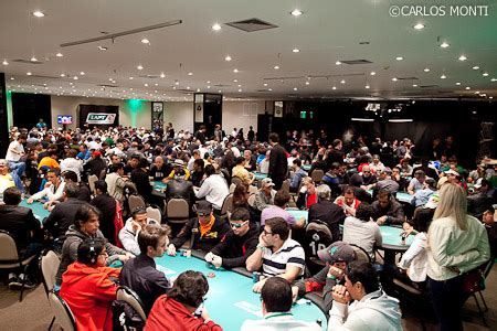 crowed room lapt6 brazil in a crowded room pokerstarsblog