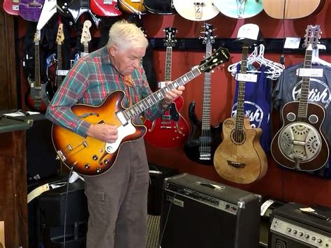 Coklat Payung By Fjy Shop bob wood 81 plays guitar in nashville shop in viral