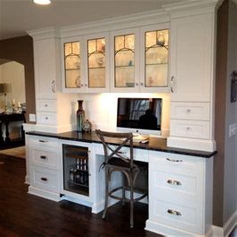 kitchen desk design ideas 25 best ideas about kitchen desk areas on pinterest