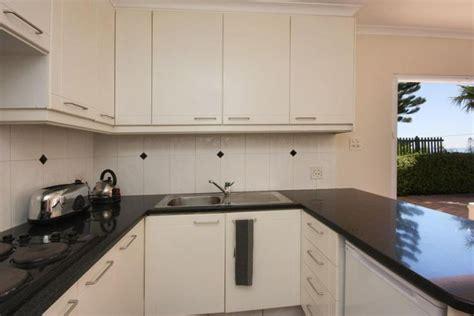 2 bedroom holiday apartments waikiki cs bay 2 bedroom holiday apartment cape town rental