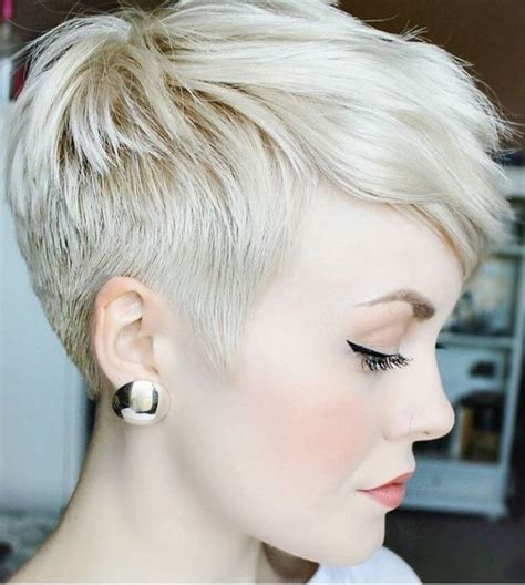 best hair color for poxie haircuts short hair undercut pixie best 25 undercut pixie haircut