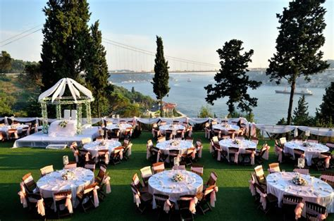 outdoor decoration themes 4 outdoor wedding decoration theme weddings
