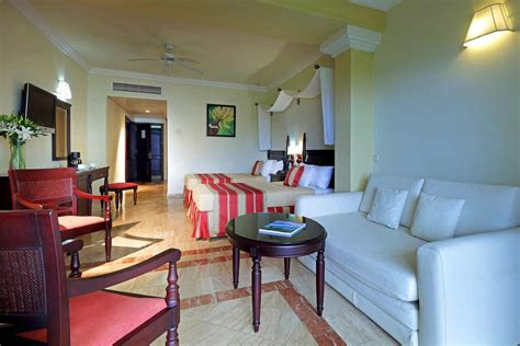 grand palladium jamaica saver room grand palladium jamaica all inclusive montego bay grand palladium resort spa accommodations