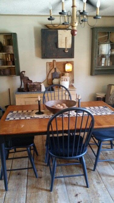 primitive dining room furniture 646 best images about primitive country kitchen dining