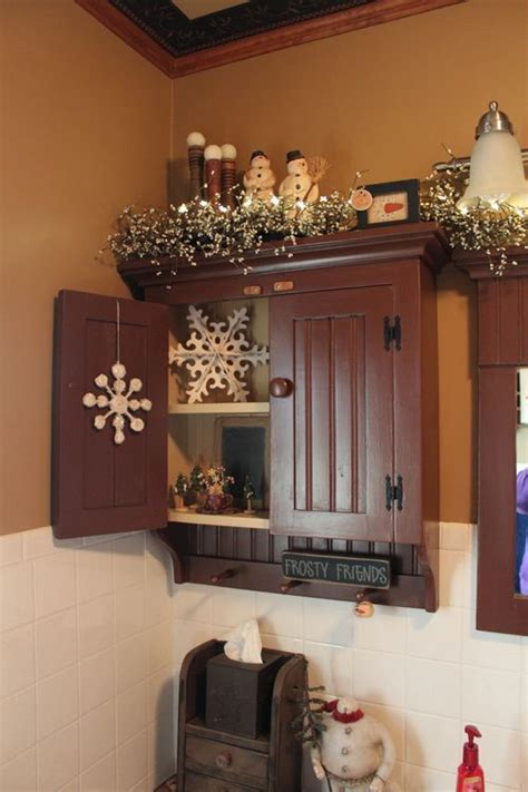 primitive decorating ideas for bathroom 1000 ideas about primitive bathrooms on pinterest