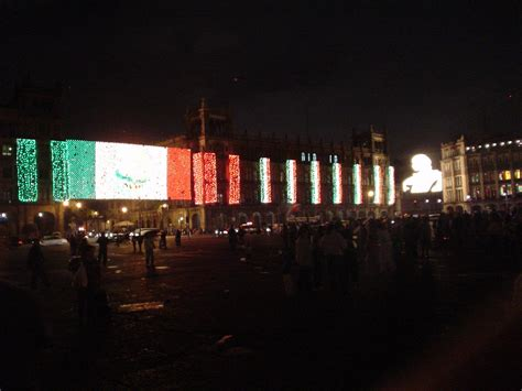 zocalo night networkers mexico city
