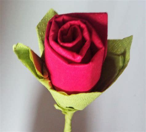 como hacer una rosa imgenes hacer rosas de papel el diario de sensi