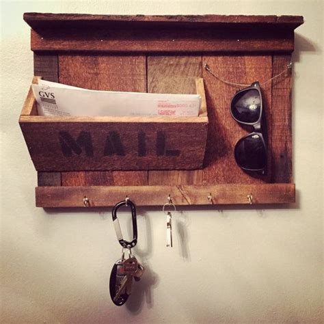 Sunglass Rack For Sale by 25 Best Ideas About Rustic Entryway On Foyer