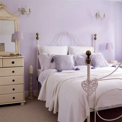 lilac and purple bedroom january 2011