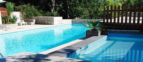 chambre d hotes ardeche piscine piscine et farniente votre s 233 jour en g 238 te ou chambre d