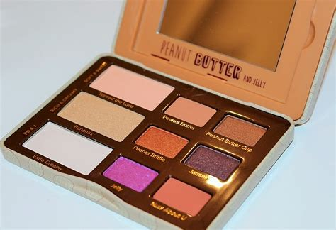 Eyeshadow Jelly faced peanut butter and jelly eye shadow review