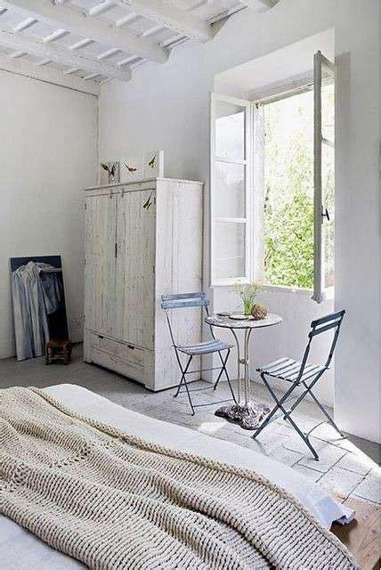 armadio bianco decapato da letto stile marina foto 17 40 design mag