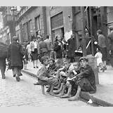 Jewish Ghettos During The Holocaust | 732 x 650 jpeg 101kB