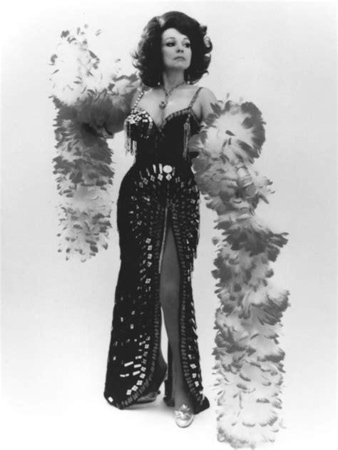 Blaze Starr, burlesque dancer from Wayne County, dead at