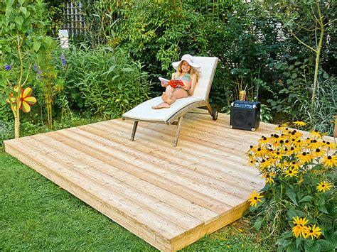 Holzpodest Garten