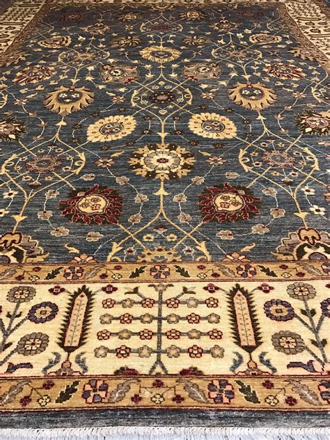 Traditional Gray Rug Overview Scottsdale Az Pv Rugs Pv Rugs Rugs Scottsdale