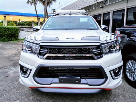 toyota th buying a car toyota hilux pickup in thailand retiring