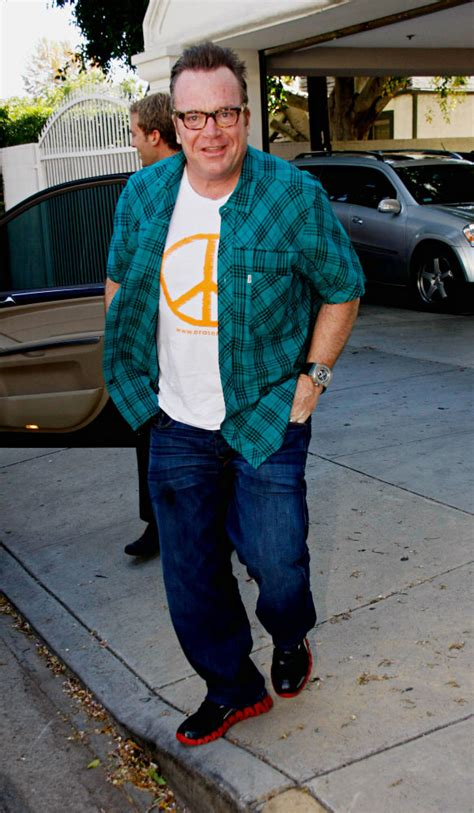 tom arnold beats up barney ugg boots tom arnold recently stepped into the boxing ring