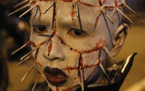 film seru tentang zombie asyik seru foto foto nyata yang menyeramkan di saat para