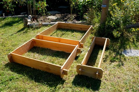 Raised Bed Patio Garden Planter Flower Box Herb Elevated Cedar Vegetable Garden Box