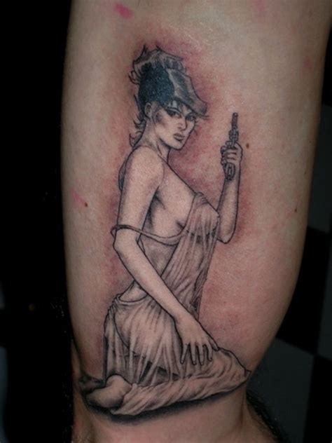 pinup with tattoo photo pin up tattoo1 pinup tattoo design art flash pictures