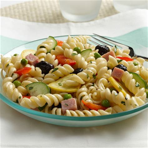 pasta salad ingredients 20 summer pasta salad recipes best cold pasta salads good housekeeping