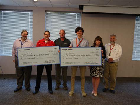 Northrop Grumman Engineer Mba by Northrop Grumman Awards Engineering Scholarships To Two