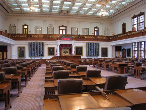 how are members of the house of representatives elected members of the texas house of representatives