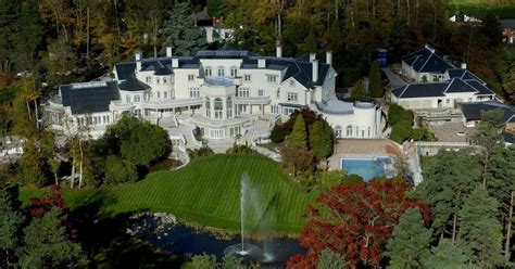 the most luxurious homes in the world top 26 most expensive houses in the world and their owners