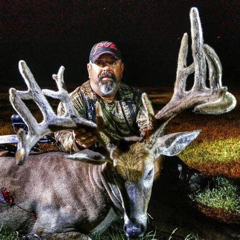 Kentucky Records 2015 Kentucky Deer Harvest Total At Record High