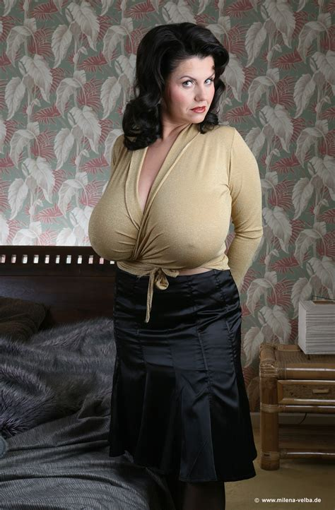 plus size style on pinterest for older women the beauty that is big women big boobs and mature my fav