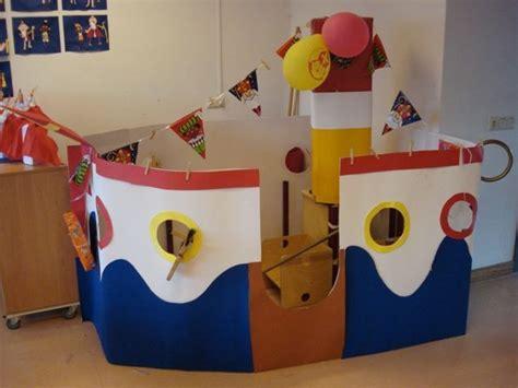 imagenes de barcos con cajas de carton decora el aula con un barco hecho con cart 243 n ideas